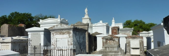 Tombs at St. Louis Cemetery No. 1